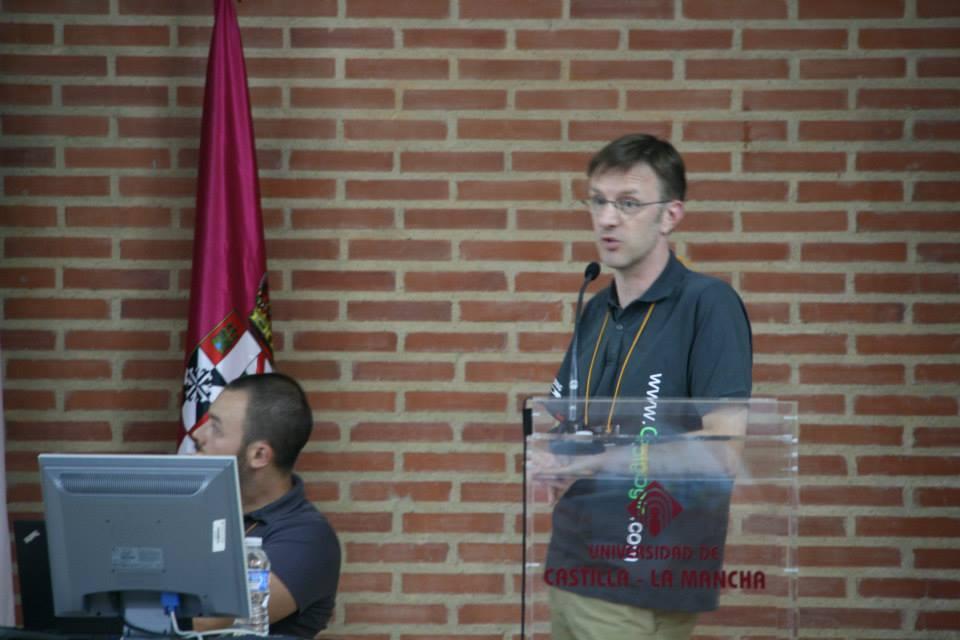 Empapándonos de HTML en la ponencia Developement in semantic HTML